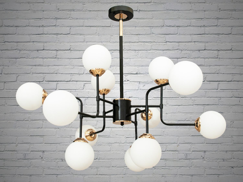 Лаконичный и в тоже время очень стильный дизайн этой люстры на 16 ламп в стиле лофт подойдет для ценителей минимализма и свободы мысли в интерьере. Стиль «Лофт» сейчас очень популярен, его любят как творческие личности, так и весьма практичные люди, предпочитающие комфорт и простоту в интерьере. Люстры в стиле «лофт» идеально впишутся в современные дома, квартиры, кафе, арт-пространства, коворкинги, квеструмы. За счет регулировки шнура можно подобрать оптимальную высоту светильника. В отличие от привычной люстры-молекулы, эта люстра укомплектована более изящными небольшими матовыми плафонами. Люстра специально разработана под светодиодные лампы стандарта G45 с цоколем Е27.