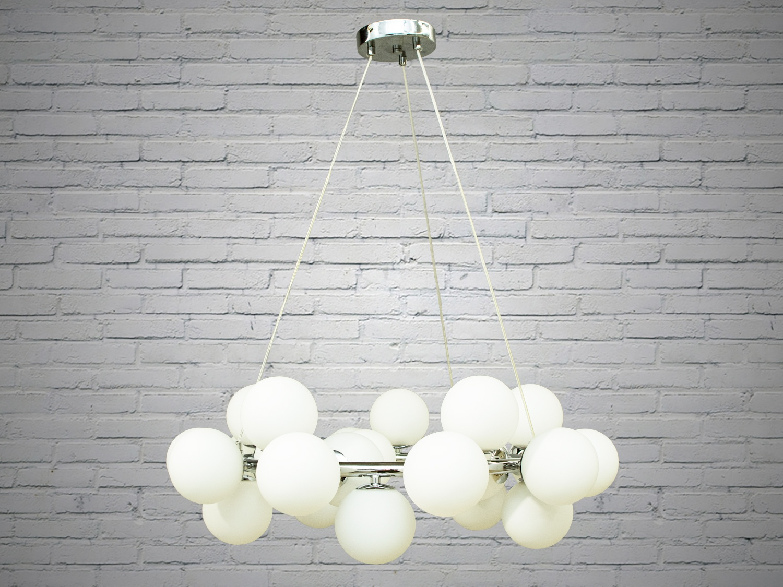 Лаконичный и в тоже время очень стильный дизайн этой люстры на 25 ламп в стиле лофт подойдет для ценителей минимализма и свободы мысли в интерьере. Стиль «Лофт» сейчас очень популярен, его любят как творческие личности, так и весьма практичные люди, предпочитающие комфорт и простоту в интерьере. Люстры в стиле «лофт» идеально впишутся в современные дома, квартиры, кафе, арт-пространства, коворкинги, квеструмы. Матовые акриловые плафоны идеально рассеят свет от лампы любого типа. Идеально для светодиодных ламп. Лампы в комплект не входят.